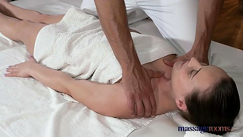 Kinky massage with pierced pussy Wendy and fernando