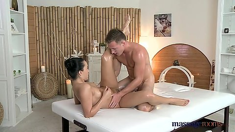 Anna Rose and her male massage client Matt have sex with oil