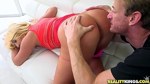 Worshiping a very nice looking ass blonde Keely Jones