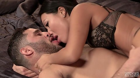 Asian bras and panties porn star Asa Akira makes out