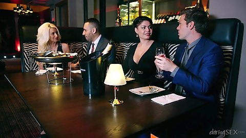 Jasmine Jae group dinner time and make out