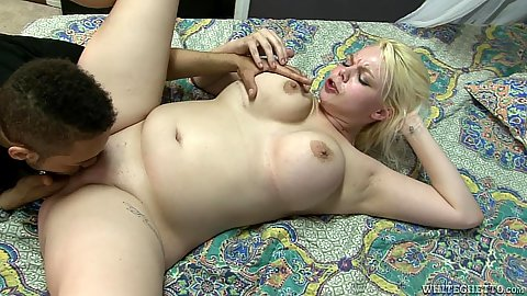 Eating a chubby whore with white Alice Front and a big black penis suck
