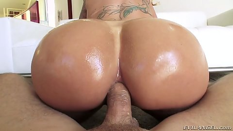 Silly round ass milf reverse cowgirl all anal sex Ryan Conner