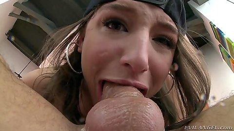 Luscious Abella Danger close up deep throat work
