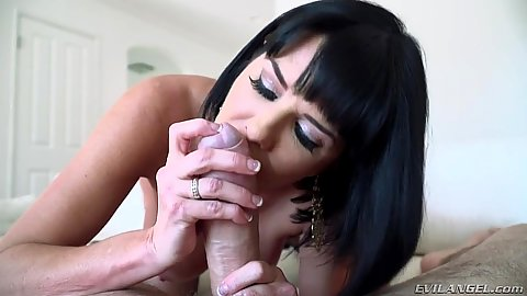 Captivating pov handjob with dirty talking Veronica Avluv