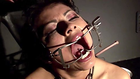 Fetish slave and puppet gonzo with Yoha Galvez loving her mouth spreader