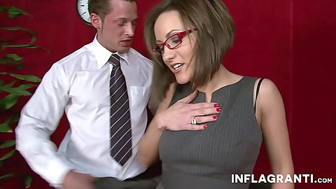 Secretary milf Jana Bach moves down for oral
