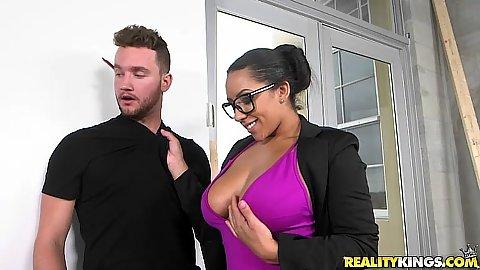 Big tits Priya Price is a nice horny boss