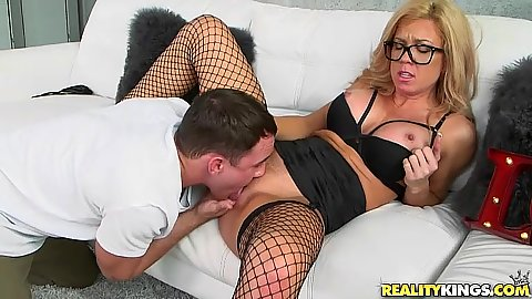 Fishnet blonde milf in glasses Parker Swayze getting fingered and licked