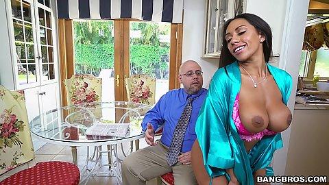Bursty ebony mifl Priya Price teasing garden worker