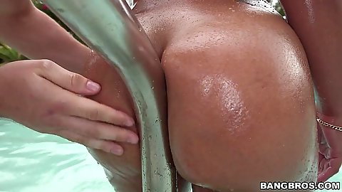 Sofia Char riding the pool railing with her ass
