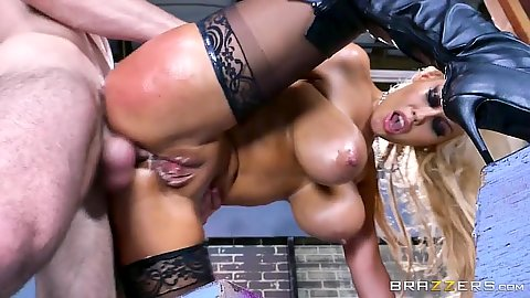Anal standing fuck with Bridgette B enjoying her free anal