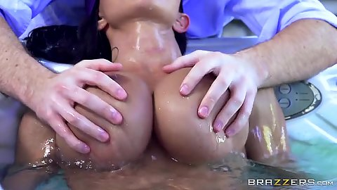 Squeezing and touching a blind folded milf Jewels Jade in jacuzzi outdoors
