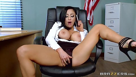 Milf teacher masturbation with Audrey Bitoni in class