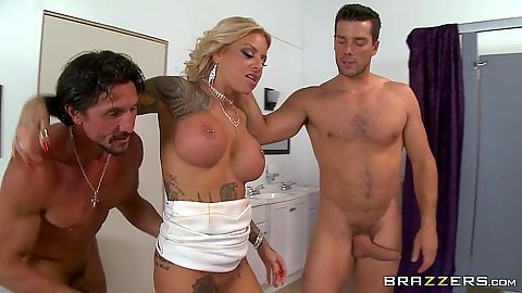 Big titties milf Britney Shannon threesome nailed by two dicks