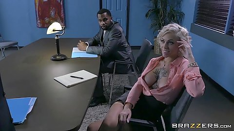 Angelic blonde Harlow Harrison flirting in office