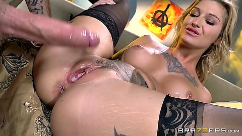 Pulling out cock from creampie pussy Kleio Valentien