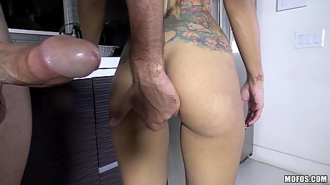 Standing fuck with busty Yurizan Beltran in kitchen