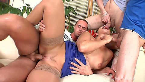 Sideways pussy sex for Gilda the euro mom gang bang whore
