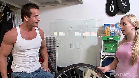 18 year old pigtail Staci Jaxxx needs help with her bike