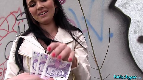 Nice looking babe accepts money to get naked and suck stranger in alleywawy