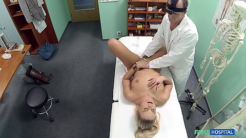 Fingering Barra Kristine during her warm pussy checkup