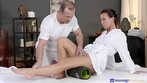Milf Alicia Wild using the roller to relax before sensual massage