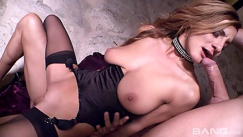 Threesome natural boobs milf anal sex with Alice Romain in 2 on 1