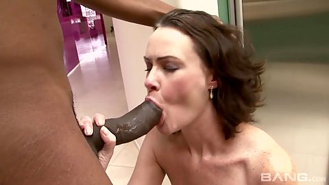 Big black cock sucking with squatting milf Veronica Snow