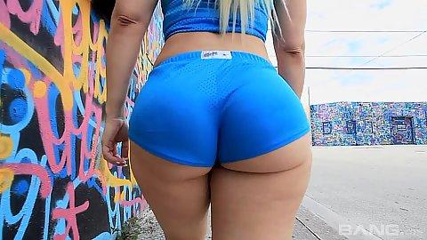 Big bubble butt milf Bedeli Butland posing around her hotpants on the street