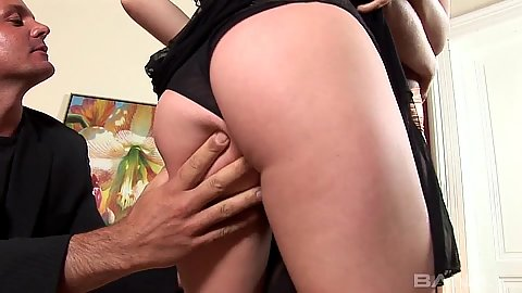 Close up pussy licking and fingering bursty sluts Petty Pol and Veronica Da Souza
