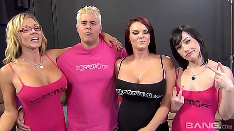 Fuck a fan group sex with Nikki Sexx and Mackenzee Pierce and Jennifer White