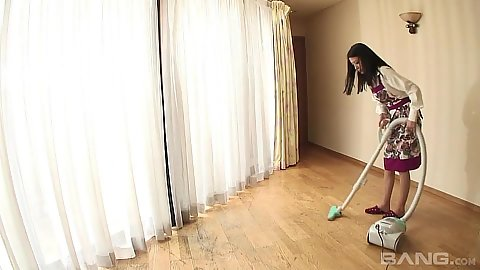Asian housewife milf Kana Aizawa doing some house vacuuming