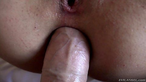 Huge cock close up anal ass stretching with loving Laela Pryce