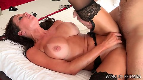 Stocking milf pussy fuck from Veronica Avluv