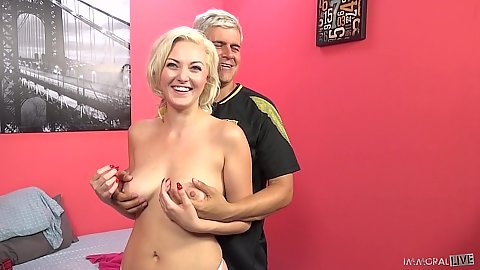 Playing with very nice tits Jenna Ivory before she gets teamed