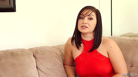 Fully clothed Lea Lexis has a cock worshiping desire
