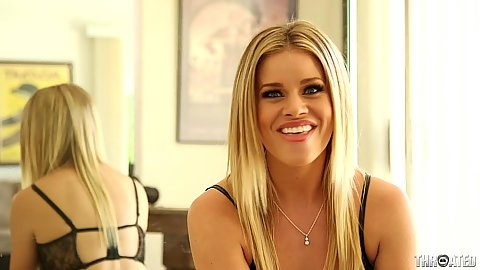 Blonde Jessa Rhodes talks about penis in her mouth