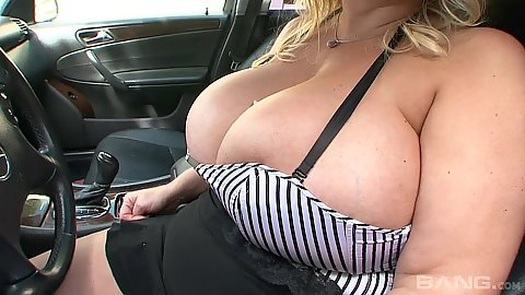 Huge melons milf Samantha 38g and Annika Adams engage in loving