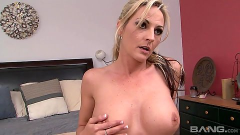 Jaw dropping milf Sindy Lange solo masturbating