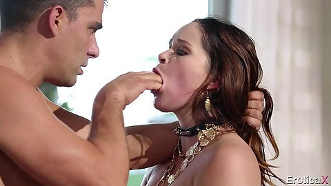 Rough sex fingering with Jenna Ross trying something new