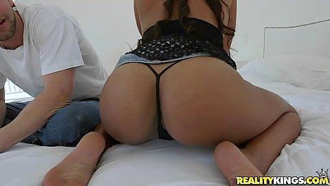 Flirting latina Sadie Santana showing off her ass