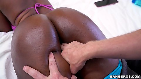 Tasty black girl with nice butt Simone Styles gets fingered and oral