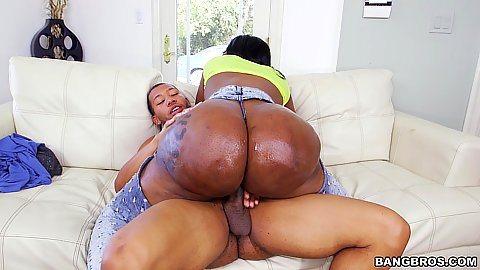Round and big ass Victoria Cakes cowgirl fucking cock while oiled