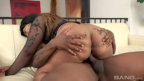Big butt black girl Bria Clydesdale riding cock