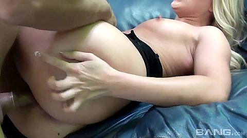 Excited round butt blonde white girl A.j. Applegate fucked from front and sits on dick