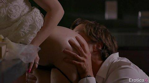 Jenna Reid pussy licked while half dressed