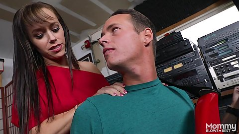 Alana Cruise is a milf with wet pussy in recording studio