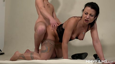 Cum thirsty medium chest milf mom in stockings Bonny Devil laid from behind