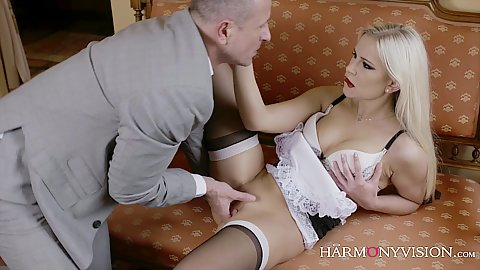Sexual maid Lola wants cock in her sexy lips